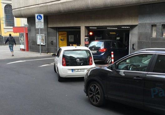 Parkhaus grabbeplatz düsseldorf