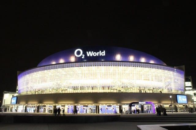 Parkplatz Mercedes Benz Arena